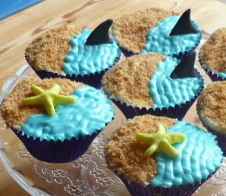 Shark infested vanilla cupcakes / fairy cakes with coconut sand