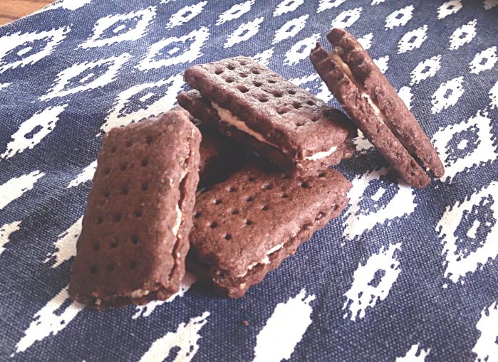 Bourbon chocolate cream sandwich biscuits