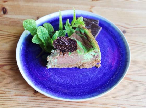 Marbled mint chocolate cheesecake