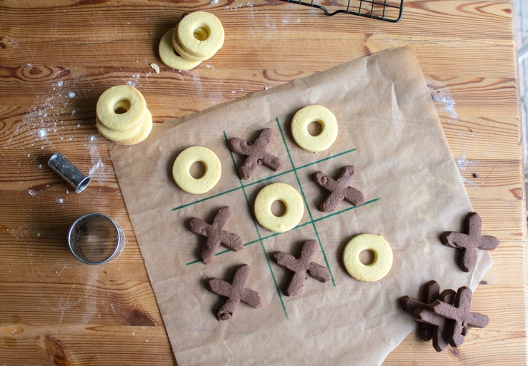 Shortbread vanillia and chocolate biscuits in noughts and crosses shapes
