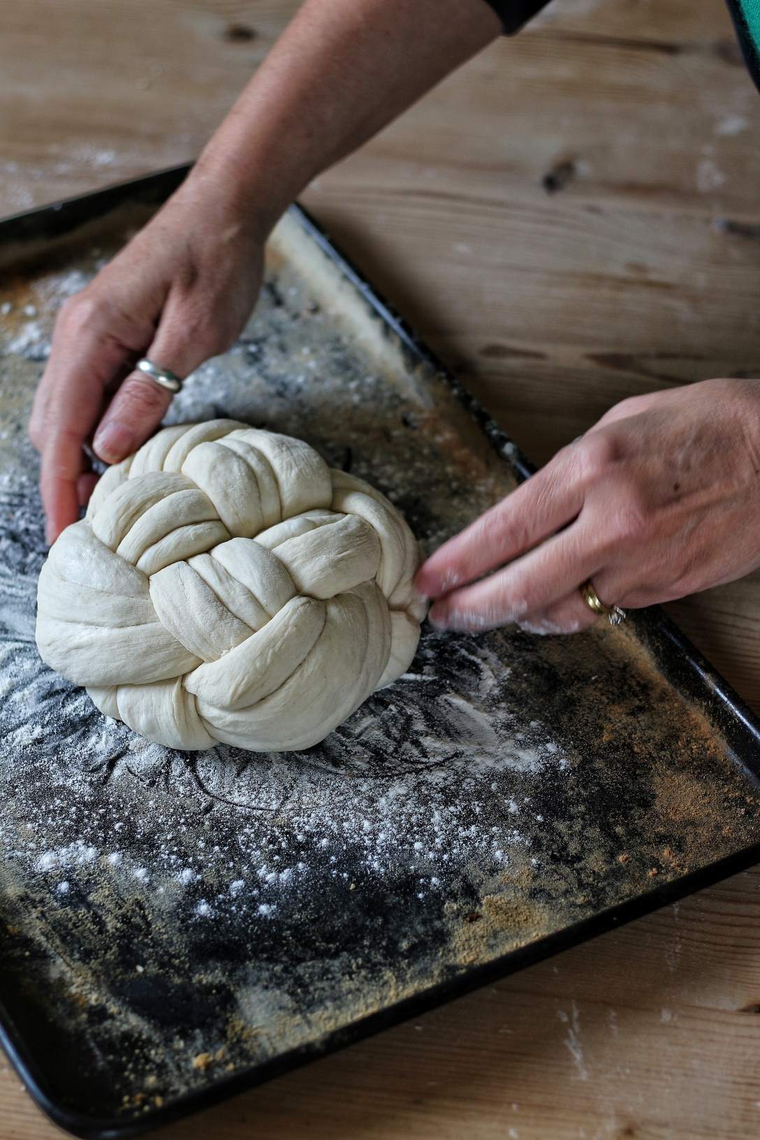 Making a ball plait loaf by Ink Sugar Spice