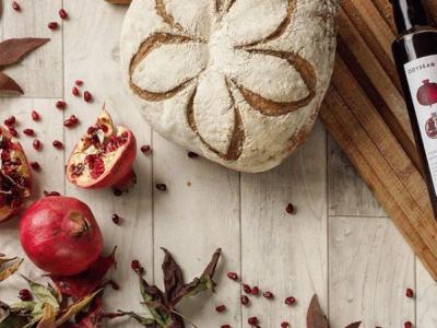 Flower score - sourdough with pomegranate molasses - 9 top tips on bread scoring art on www.inksugarspice.wordpress.com
