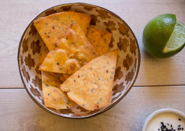 Tortilla_chips_bowl