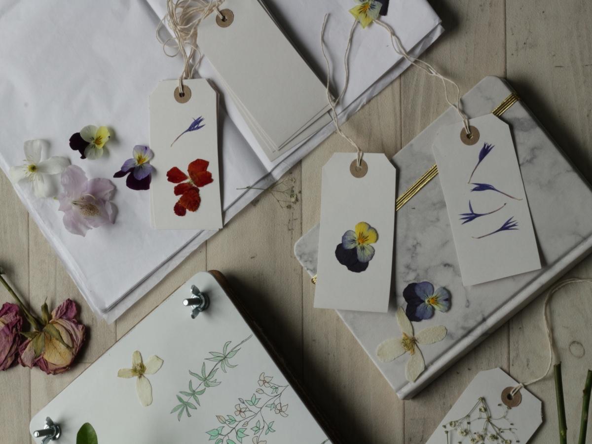 Making a flower press | Ink Sugar Spice blog